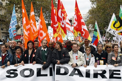 France's largest workers union marching in #Paris against #Macron's re...