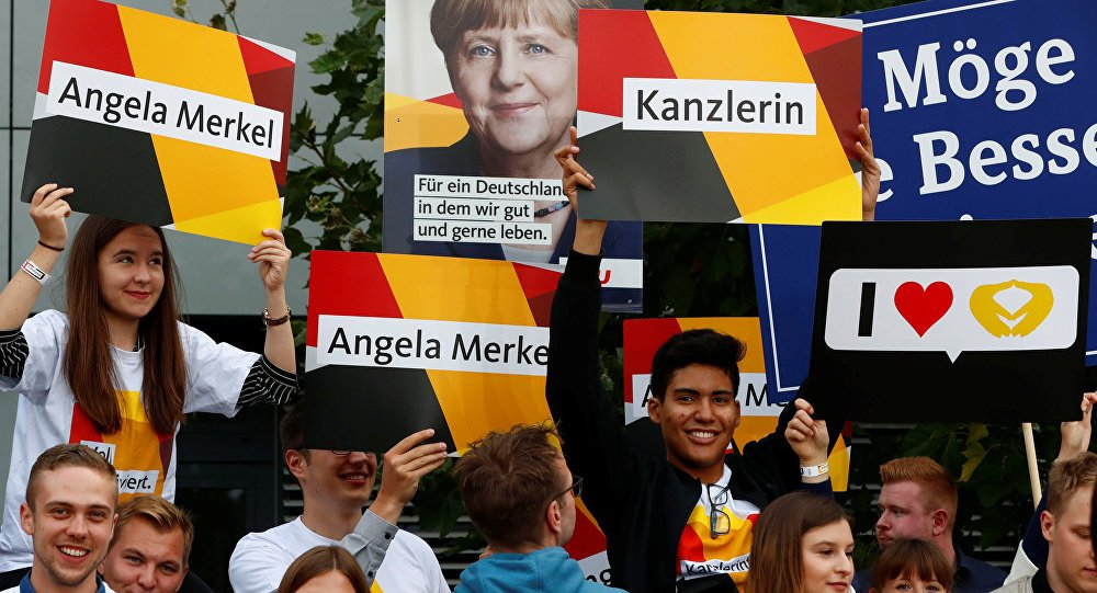 #Merkel's conservatives leading with 37% three days before #GermanElec...