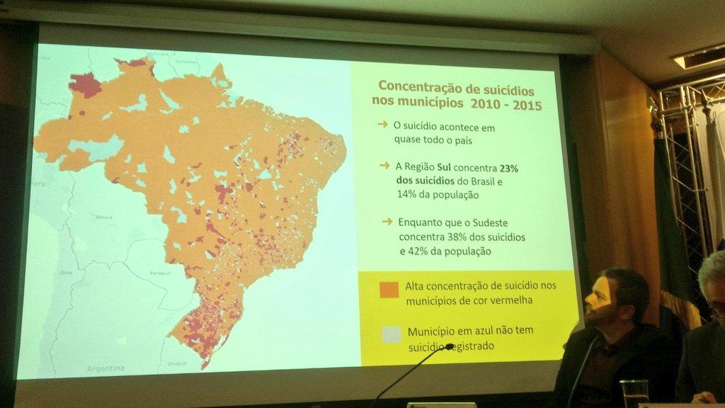 O suicídio acontece em quase todo país. Em vermelho, alta concentração de suicídios no município. #SetembroAmarelo