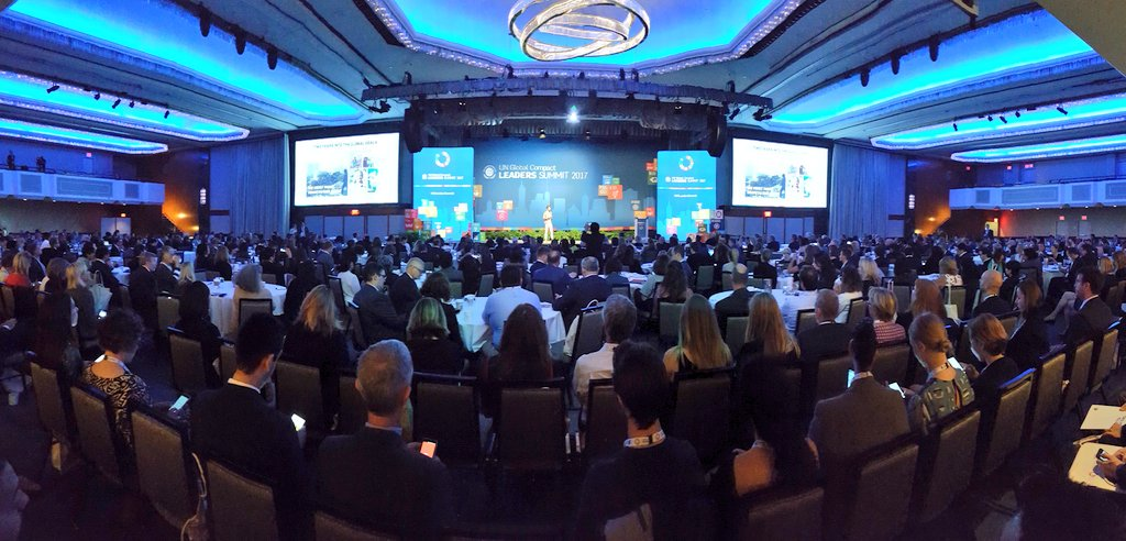 Full house for the #GCLeadersSummit kick off. Getting inspired by @Lise_Kingo. @GRI_Secretariat about to launch #Reporting on #SDGs<br>http://pic.twitter.com/aWtFqXXfDw