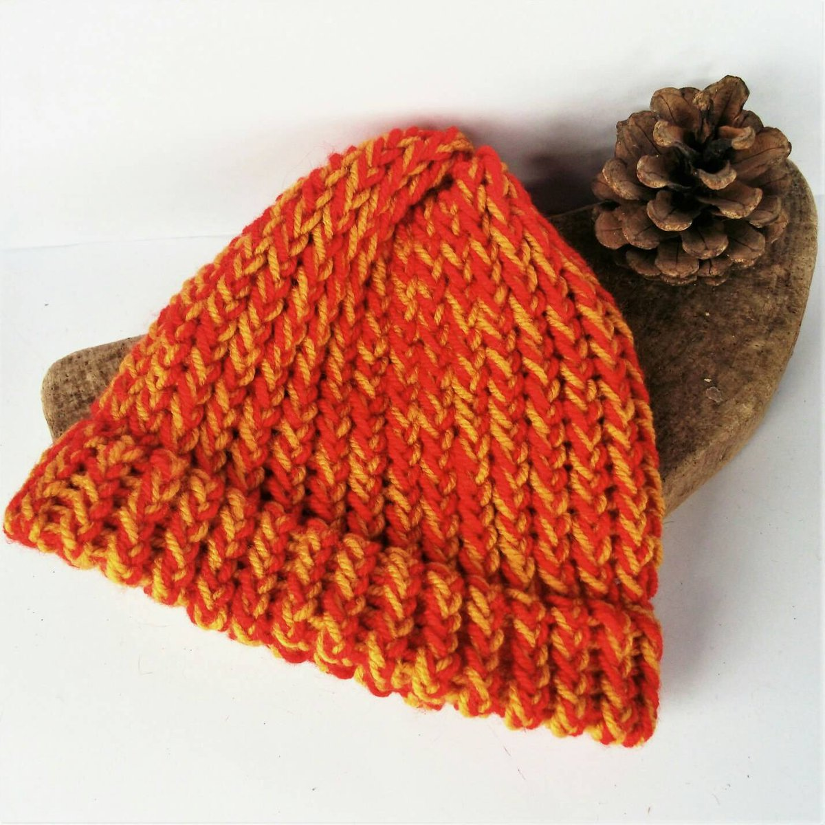 SALE ITEM- Red baby hat, yellow baby hats, red baby beanie, handm…  http:// etsy.me/2xq6gZU  &nbsp;   #Etsychaching #Onlyafiver<br>http://pic.twitter.com/KGxx1Bb6uP
