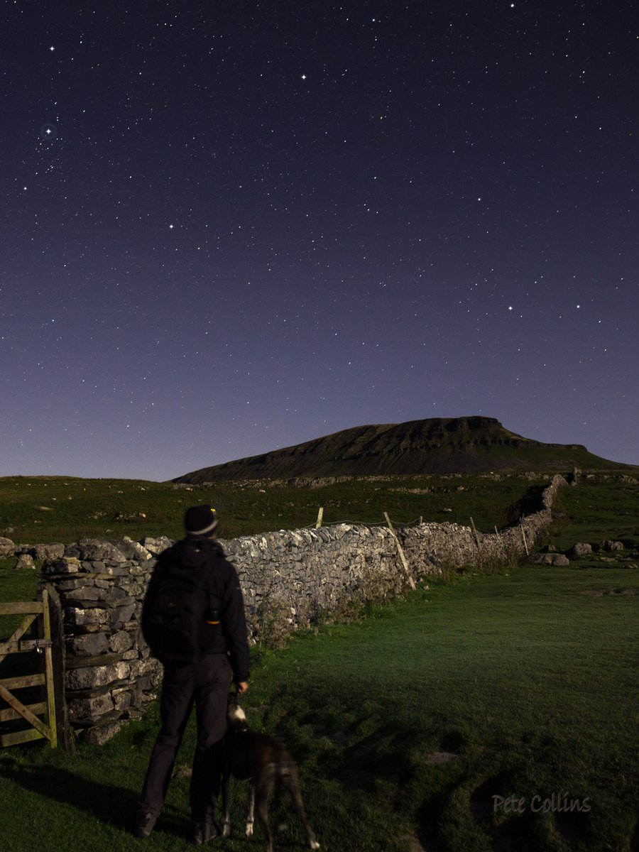 The midnight rambler &amp; his dog, Penyghent, Perseus &amp; Aries #darkskies #YorkshireDales @VisitSettle @TourismNYorks @skyatnightmag<br>http://pic.twitter.com/zc31IXdJCO