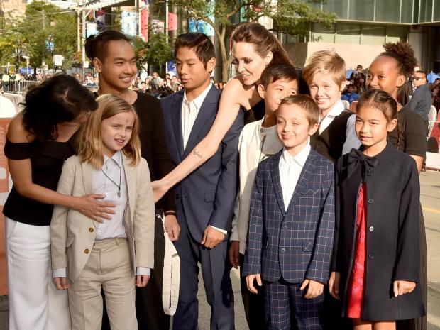 Jolie brad pitt celebrity
