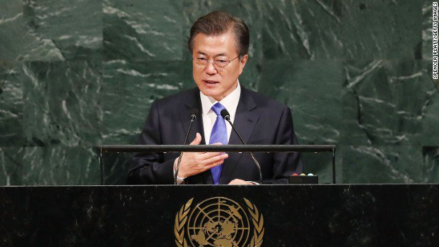 South Korea's Moon says his country does not want North Korea to 'collapse,' hopes tensions will resolve peacefully https://t.co/OxlWwmquZr