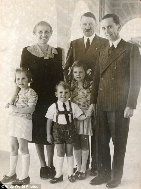 National Socialist 卐 Family Picture #Hitler #Goebbels #ThirdReich #NationalSocialism #nazism #NS #Germany #Europe  https://www. wikiwand.com/en/Goebbels_ch ildren &nbsp; … <br>http://pic.twitter.com/r46PayQ3S3