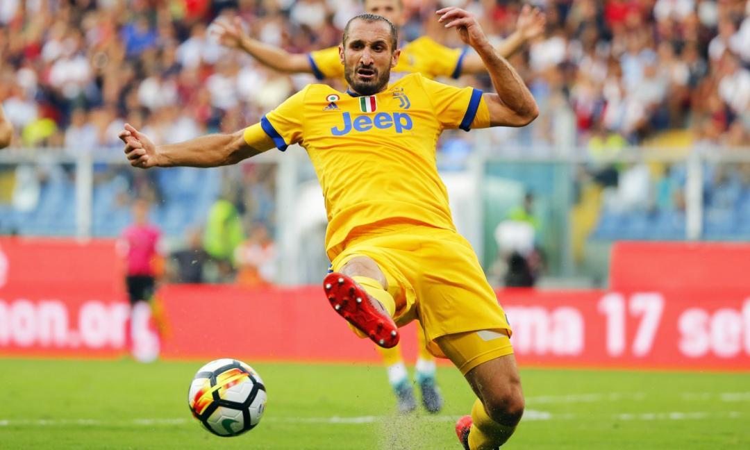 #Chiellini: &#39;#Juventus stronger without #Bonucci&#39;   http:// bit.ly/2fkW7az  &nbsp;  <br>http://pic.twitter.com/xk4c9oGRk3
