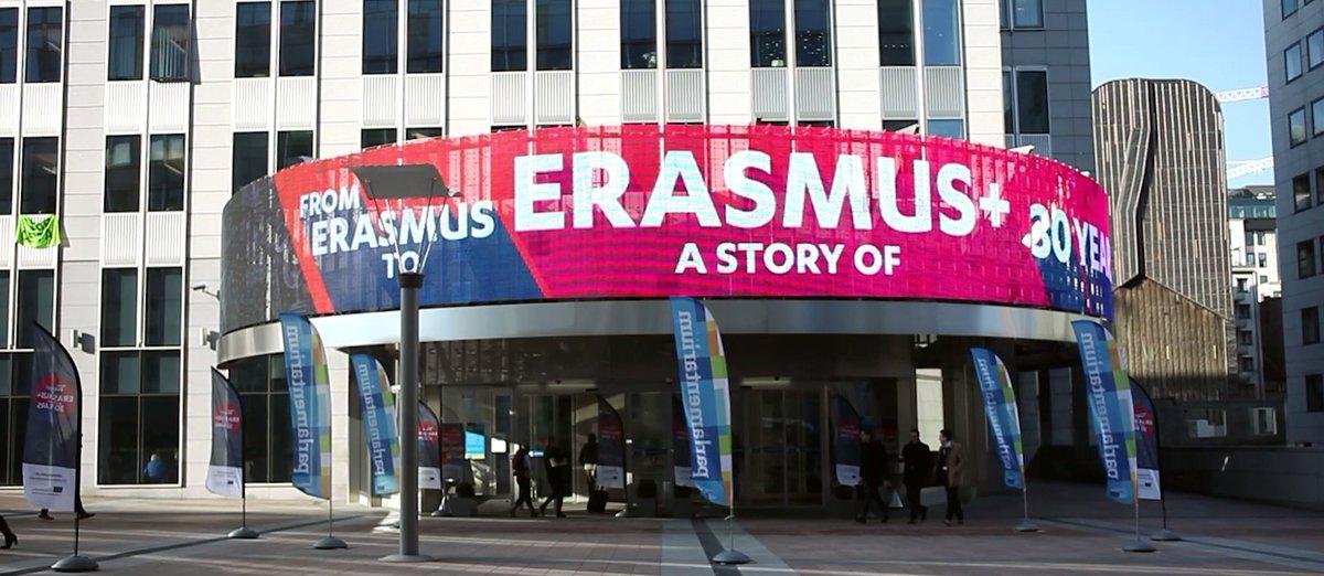 Our Discussion Leaders are drafting the #ErasmusPlus Generation Declaration- help shape it by Oct 31   https:// app.wetipp.com/erasmusplusgen eration/wall/ &nbsp; …  #EPlusFuture<br>http://pic.twitter.com/aK052rvNvz