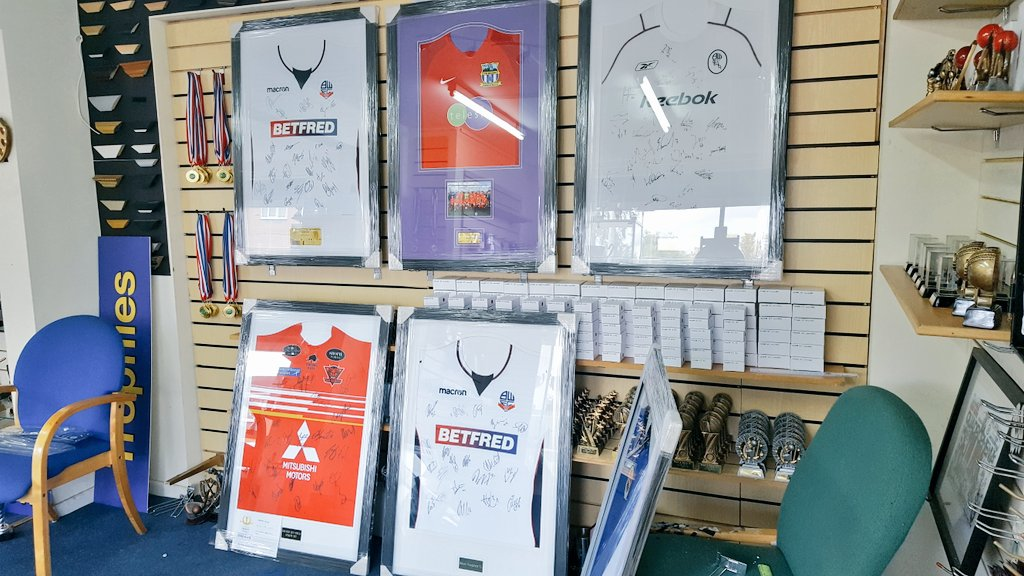 ***SHIRT FRAMING*** @OfficialBWFC &amp;  @howebridgemills framed shirts now ready for customers, standard shirt frame from £75. #framing <br>http://pic.twitter.com/ZZwphPR4PJ