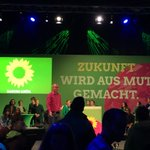 Wahlkampfhöhepunkt @gruenehessen in #Darmstadt. Volle Energie für die letzten 72 Stunden mit @DanyWagner_DA, @Kai_Klose u.v.v.a. #darumGRUEN