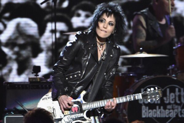 Good morning everyone    joan jett happy birthday do you wanna touch me  (oh! yeah!)