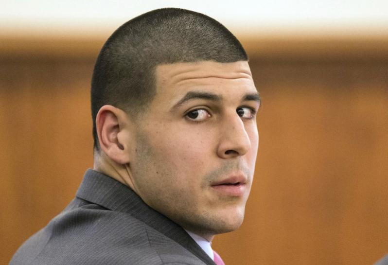 NFL star Hernandez's family sues league over 'severe' CTE https://t.co/93WXSbug2f