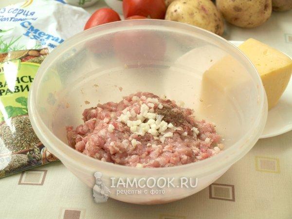Рецепт картошка в горшочке со свининой