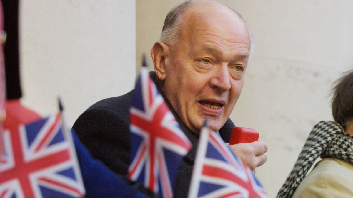 #SirTeddyTaylor was one of the true #British Patriots in #Parliament &amp; a deeply principled man. RIP! #BBC #SKY #UK #EU #NEWS #TORY #MP #PM<br>http://pic.twitter.com/UYe2wqmyIt