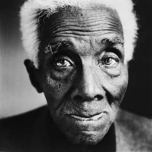Call for Applications: C.L.R. James Research #Fellowship –  https:// buff.ly/2frOgEY  &nbsp;  <br>http://pic.twitter.com/ElTPWJ1qFQ