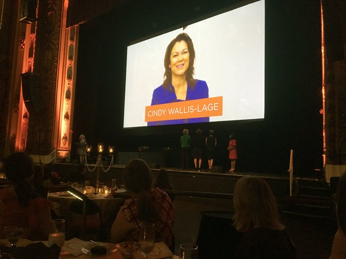 Congratulations to @CWL_BVWater for receiving the Groundbreaking Leadership STEMMy Award from @CentralEx today! #WomenInSTEM <br>http://pic.twitter.com/GzS17YJlEq
