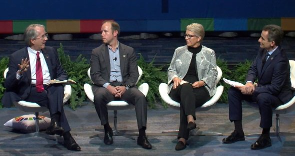 We've demonized #CO2 - in fact what we think of as a waste can be a raw material for another cycle. @CovestroGroup #GCLeadersSummit<br>http://pic.twitter.com/rQZ3bgmq8n