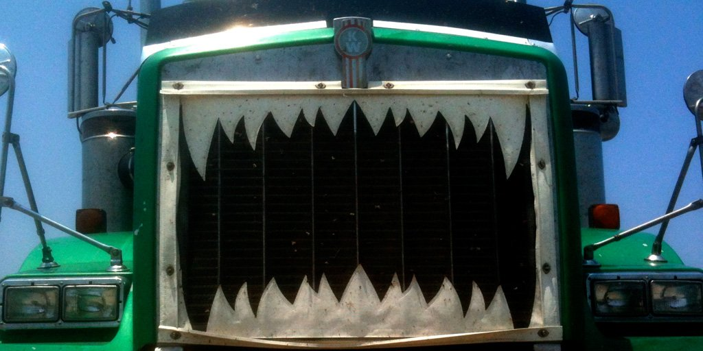 Customizing your #truck's grill? Keep air flowing &amp; ensure custom work doesn&#39;t block airflow or overheat the engine! <br>http://pic.twitter.com/0p55sRcXRl