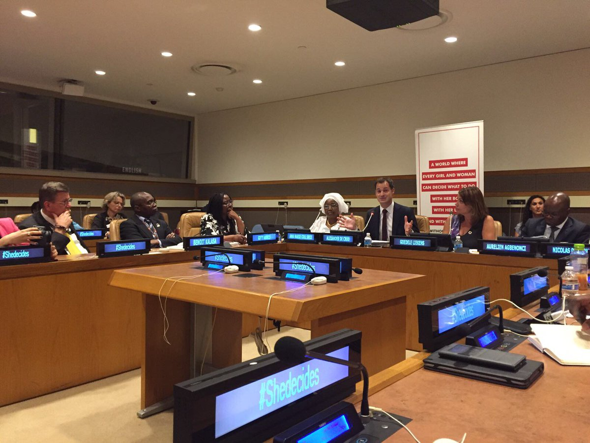 #Belgium, #Benin and #Senegal present pilot project on use of big data to improve access to #familyplanning #SheDecides<br>http://pic.twitter.com/miiFqEBbgA