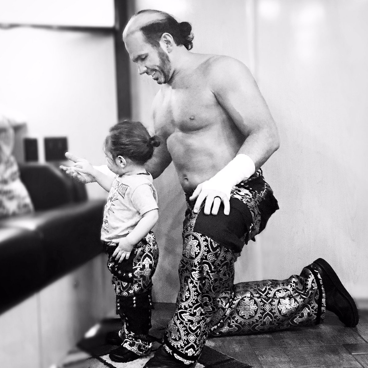 Whilst rolling around in #THC&#39;s ring today with King Maxel, he says,  &quot;DaDa, we make good wrestling.&quot;  Yes, my progeny.. We do. <br>http://pic.twitter.com/zE4QYqmPCk
