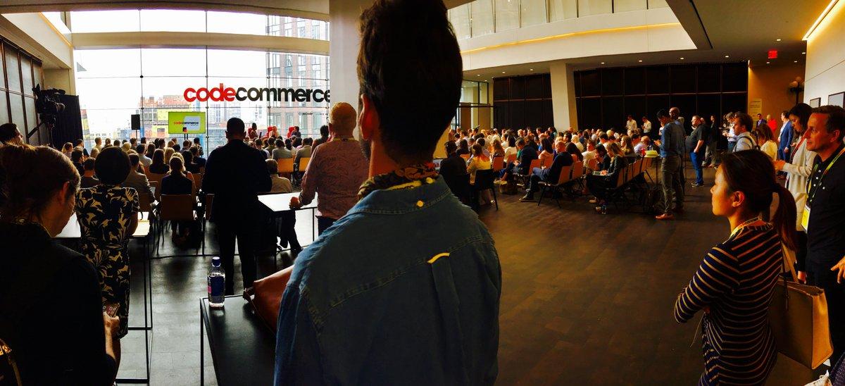 #codecommerce NYC (cont&#39;d)!  Bozoma Saint John, Kara Swisher, Rachel Roy, Adam Silver, and more! <br>http://pic.twitter.com/NPq1WJlBhV