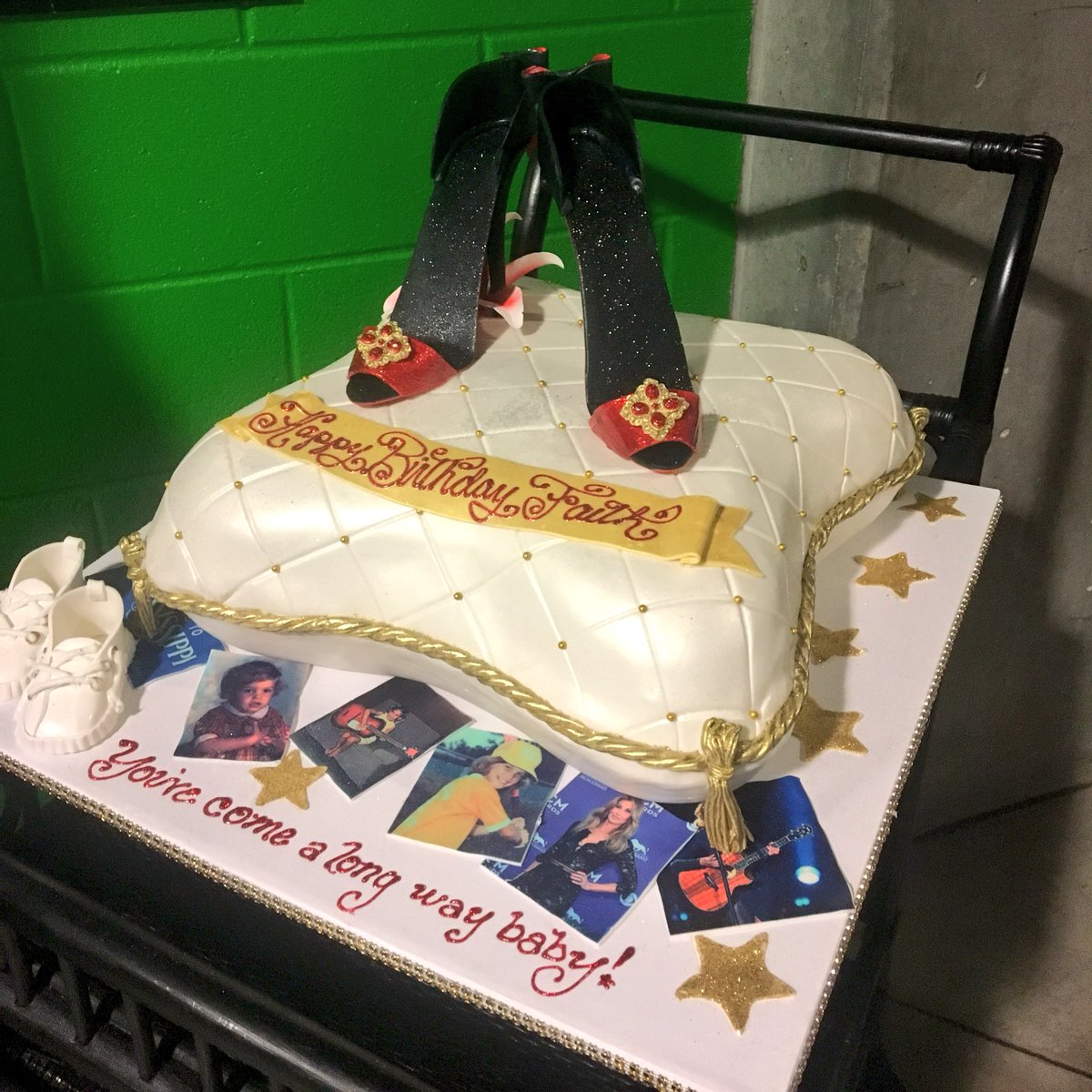 Intrust Bank Arena On Twitter A Fabulous Birthday Cake For A