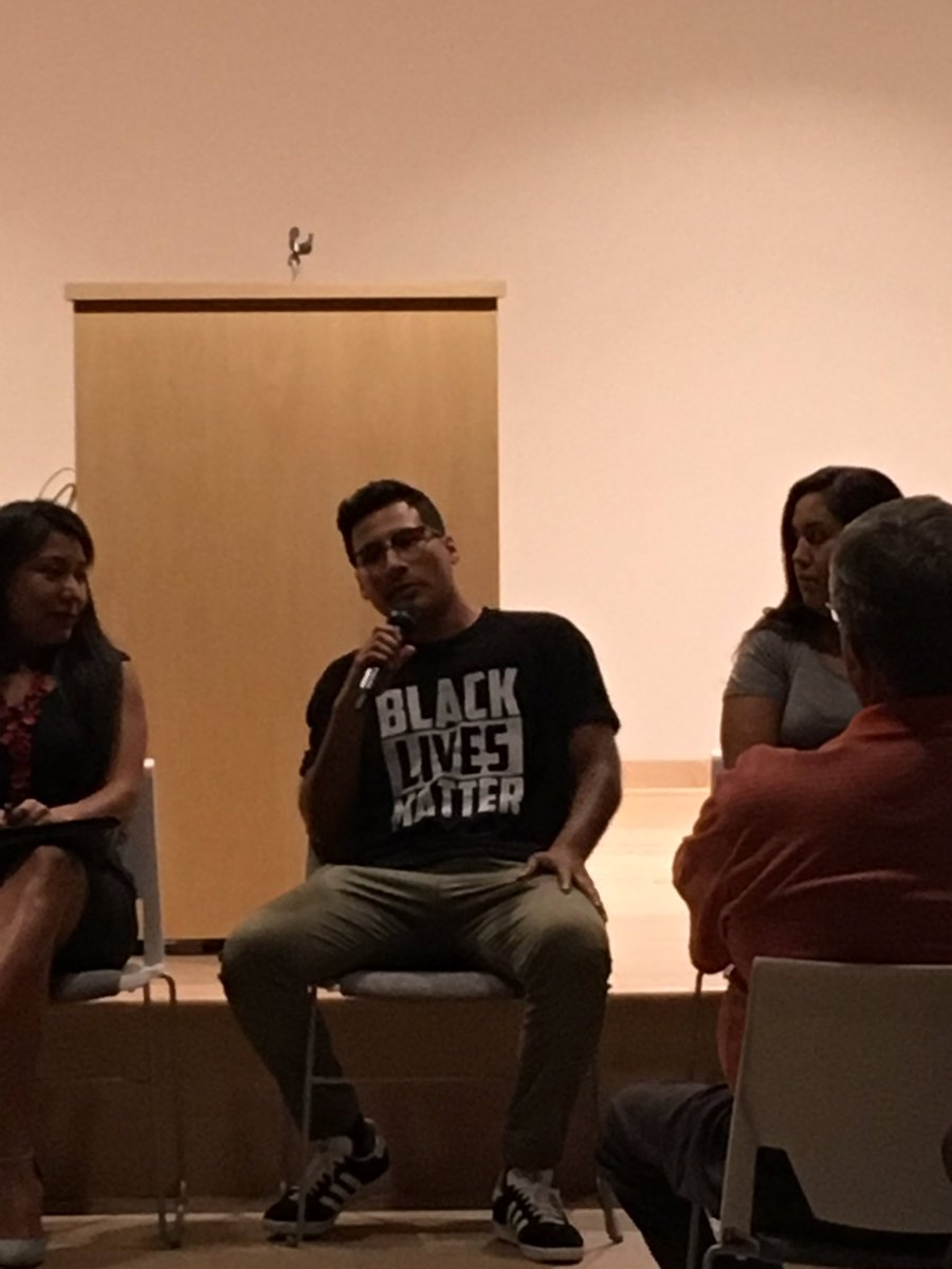 My brother wore a #BlackLivesMatter  shirt for a panel about DACA because intersectionality is key. #DefendDACA<br>http://pic.twitter.com/R8OWJh7Ze6