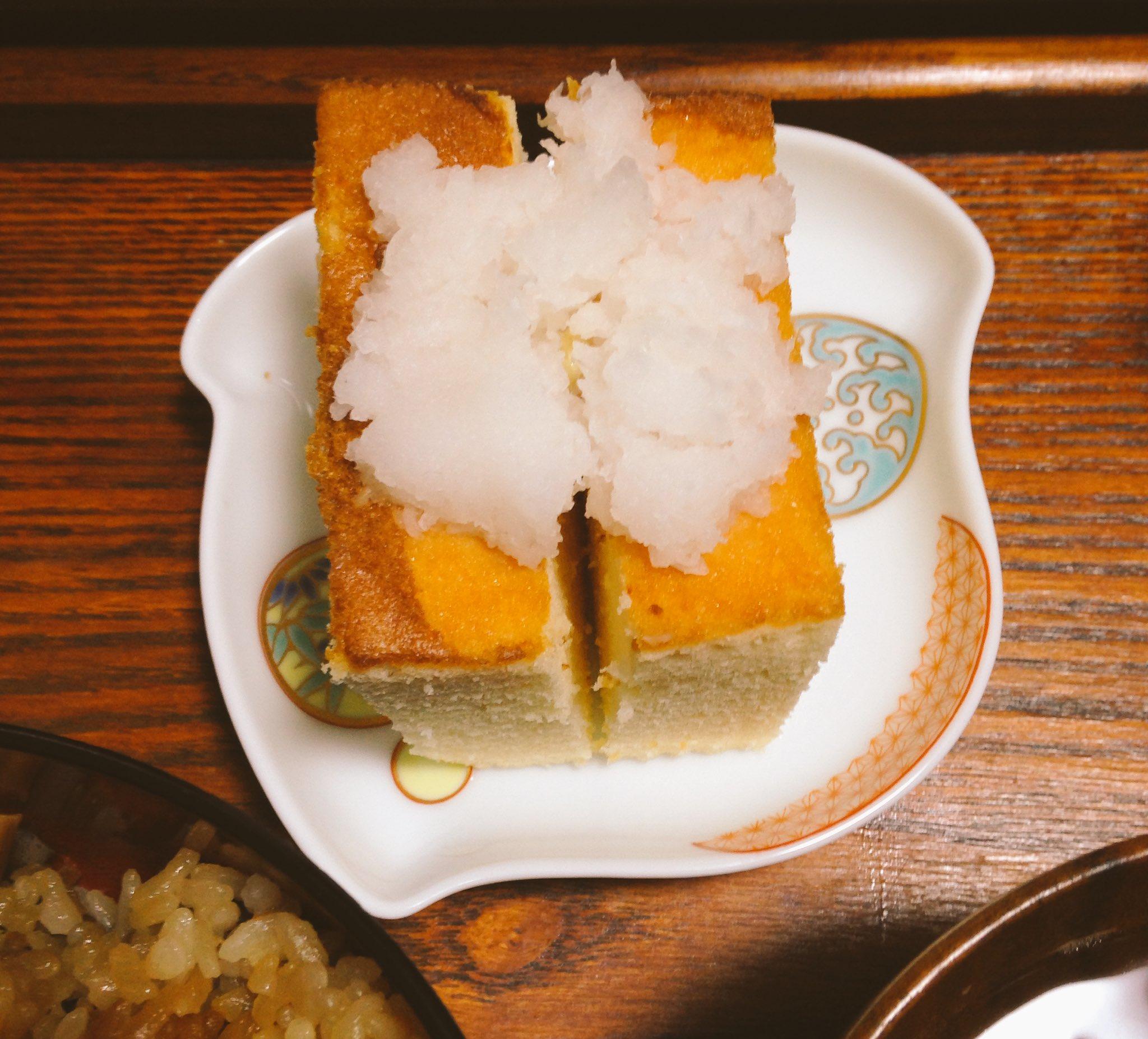 江戸時代のカステラの食べ方。吸物の具と酒の肴(大根おろしを付ける)を試してみました。当時の人が夢中になるのも納得の美味さでした。