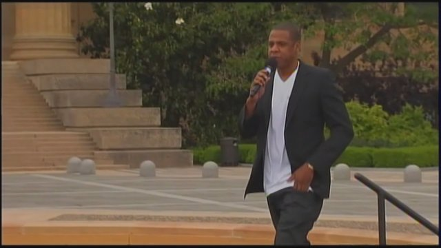 #ENTERTAINMENTNOW | Report: Jay-Z turns down Super Bowl https://t.co/56xAqbwbeP | @MsCoCoDominguez @FOX26RUBEN
