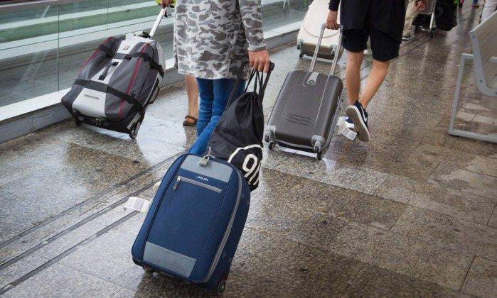 Tarifa média da passagem aérea cai de 7% a 30% após novas regras, segundo levantamento. https://t.co/wcCHrg9WQK
