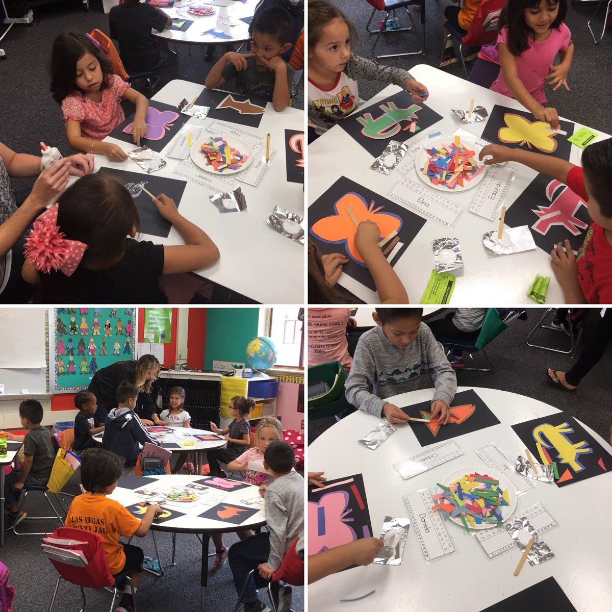 Learning about Panamá  creating #molas @BosLangAcademy thanks  to #volunteers! @CajonValleyUSD @EmbPanama_US<br>http://pic.twitter.com/Dzn1S01YYy &ndash; at Bostonia Elementary