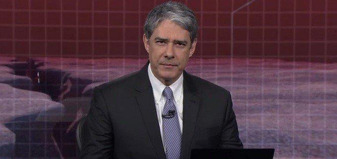 William Bonner vai trabalhar de cadeira de rodas e fica malvisto na Globo > https://t.co/9WCdUOp4Gu
