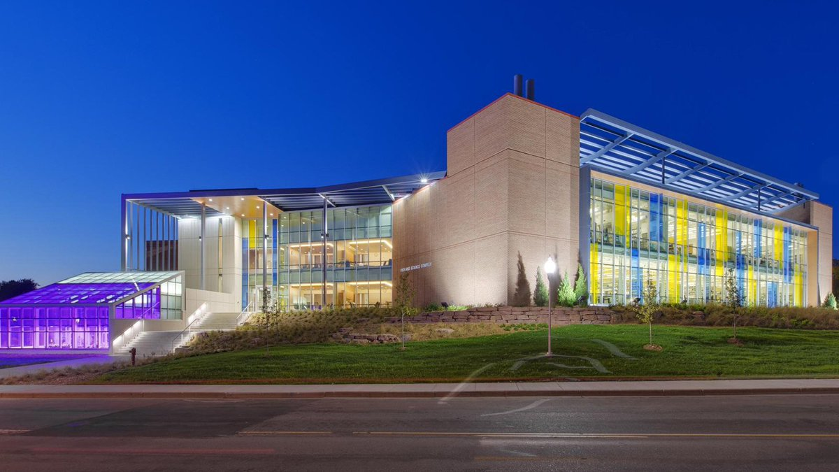 Have you been inside the new Froiland Science Complex at @AugustanaSD? #STEM |  https://www. facebook.com/augieadmission /posts/1487506104690004 &nbsp; … <br>http://pic.twitter.com/5lnooSHkeJ