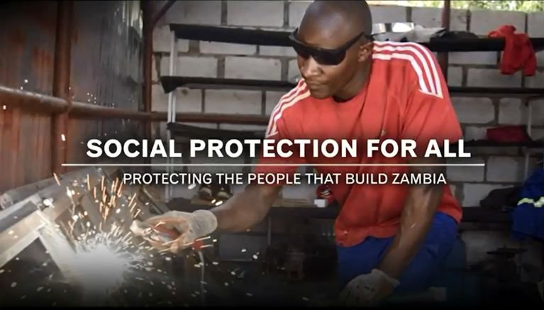 investing in social protection is one of the best way of reducing #inequality and achieve the #SDGs. Here&#39;s how →  http:// ow.ly/XTwA30auZXn  &nbsp;  <br>http://pic.twitter.com/yFUV1BwzHm