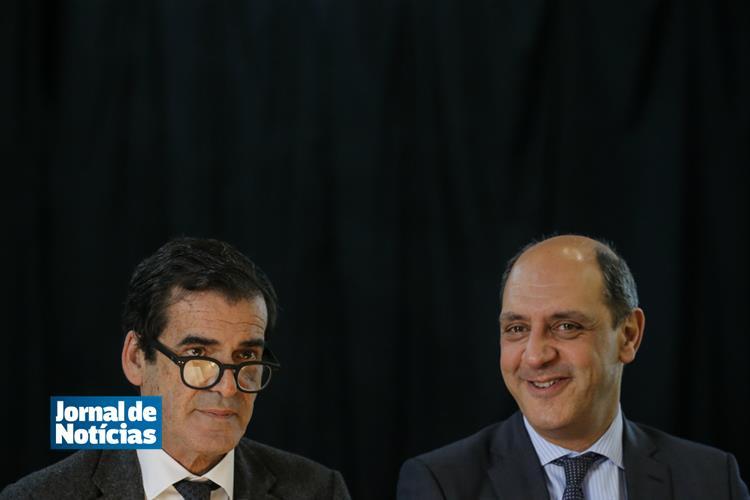 Despertar em 60 segundos: Moreira e Pizarro empatados na corrida à Câmara do Porto https://t.co/UaWRIPiHXz