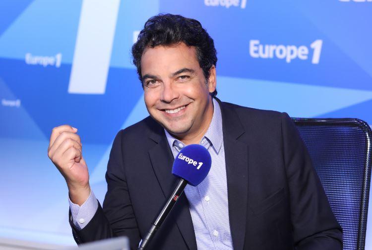 Dès 7h, c'est Europe Matin qui vous réveille avec Patrick Cohen, réagissez sur #E1Matin  Le live ➡ https://t.co/2HBhhamDlf  Le programme ⬇