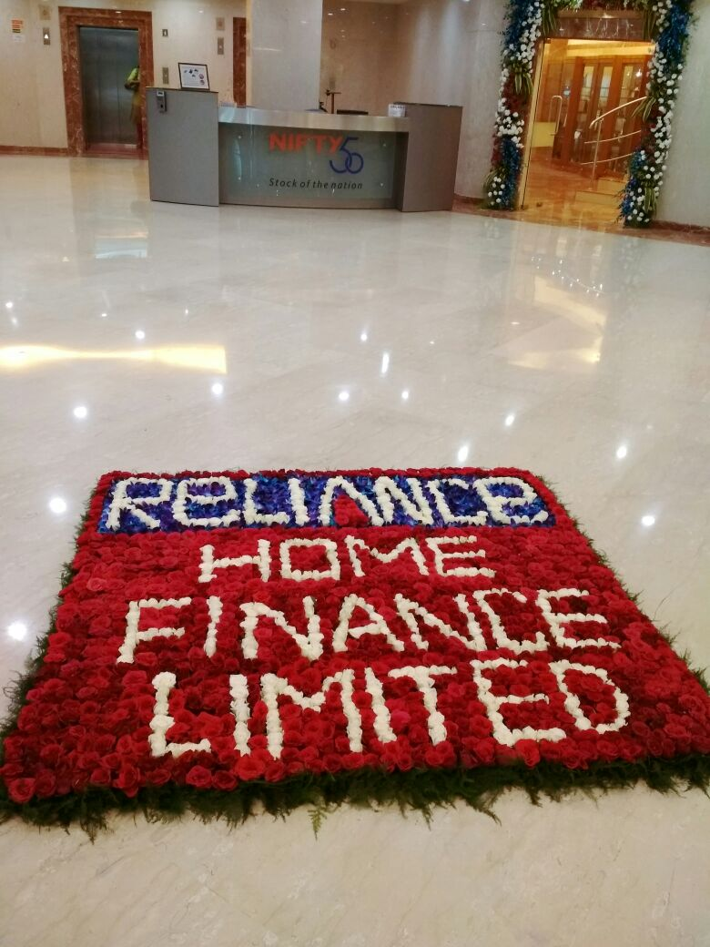 .@RelianceHF - a housing company is enlisted by BSE & NSE #RHFGetsListed https://t.co/zfgG1SJouB