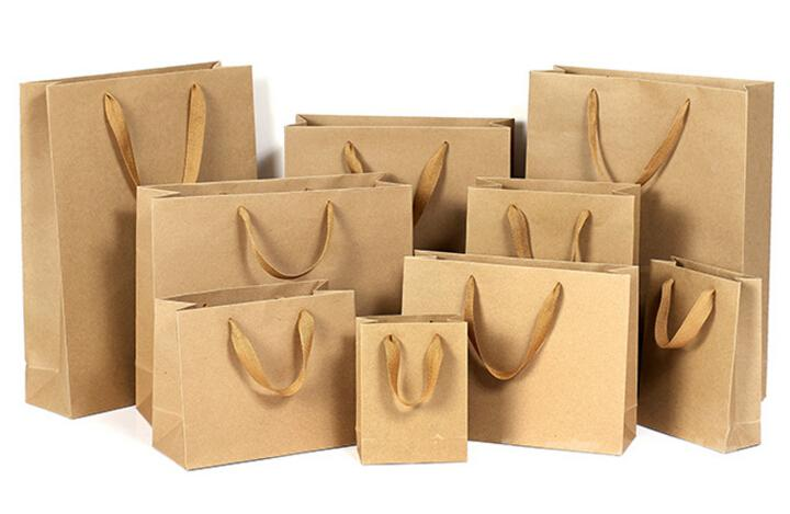 Why #Paper Shopping #Bags Are Economically Preferable   https:// midwestbottles.wordpress.com/2017/09/22/why -paper-shopping-bags-are-economically-preferable/ &nbsp; …   For more info :  https://www. midwestbottles.com/Paper-Shopping -Bags/ &nbsp; … <br>http://pic.twitter.com/39GuReT9aU