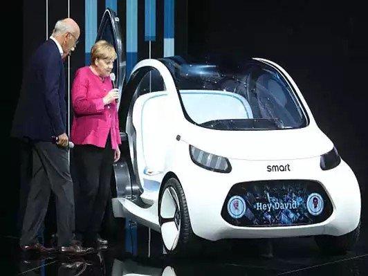 Understanding the Impact of #Autonomous #Vehicles   http:// chiefexecutive.net/understanding- impact-autonomous-vehicles/ &nbsp; …  #IAA2017 #smartcity #AI #IoT #Robots #Driverless #selfdrivingcars<br>http://pic.twitter.com/40qNdMWmIb