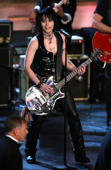 I Love Rock n Roll  Happy Birthday Today 9/22 to Rock And Roll Hall Of Famer Joan Jett. Rock ON!