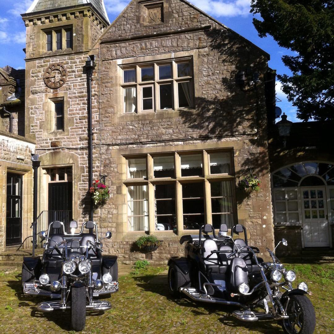 GOOD MORNING What a fine day for a trike tour, whoop whoop we have 2 today in the #YorkshireDales #excited<br>http://pic.twitter.com/2eVl48CqU6