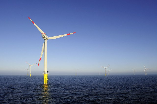 Offshore #wind prices are reducing. #EuropeanCommission #Report #SustainableEnergy #Renewables #FridayFact    https:// goo.gl/8wGchx  &nbsp;  <br>http://pic.twitter.com/zrvIcHJvSt