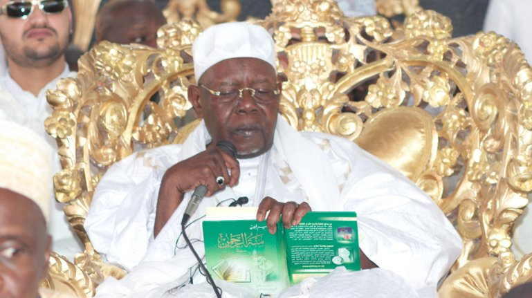 Senegal Cheikh AbdoulAziz Sy AlAmine, 6th caliph of Tivaounebased Tijaniya brotherhood, passed away at 92. He became caliph in March #kebetu <br>http://pic.twitter.com/OkYaxC6UgV