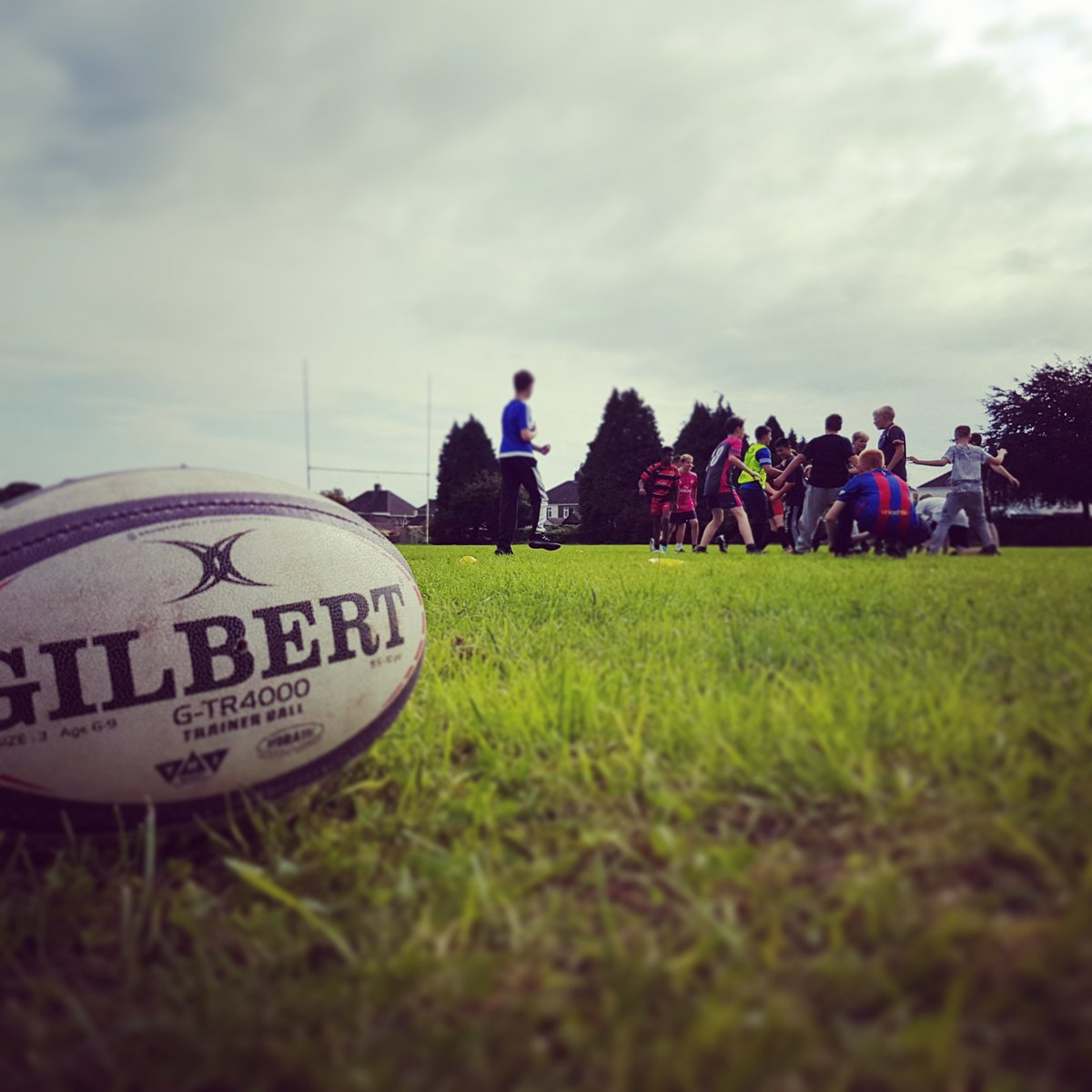 1st day with SOHK  &amp;  Intro to program, a look at what they want to achieve  intro to rugby w/ lots of games #rugby #charity #education<br>http://pic.twitter.com/a8gFmWvGoE