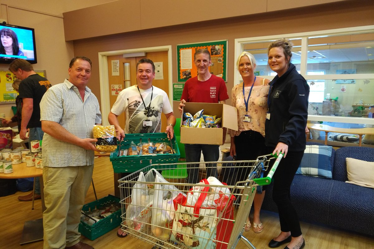 Foodbank 2day 10am-12pm #Mexborough Family Hub @wbdoncaster @FoodAWARE #doncasterisgreat #ilovedn @mydoncaster @stlegerhomes #southyorkshire <br>http://pic.twitter.com/ZCGhtduwwU
