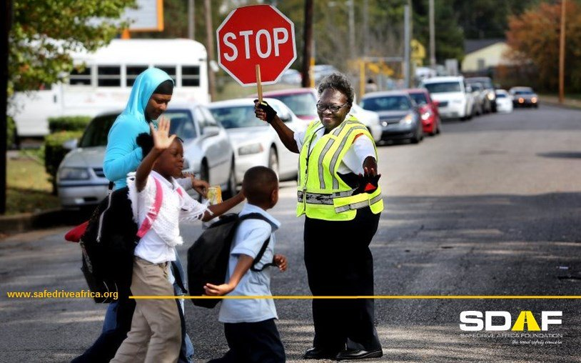 Motorists please ensure our children's safety on the roads,obey the school zones speed limits #30Kph & drive safely ✋🚸#SaveLives #RoadSafety
