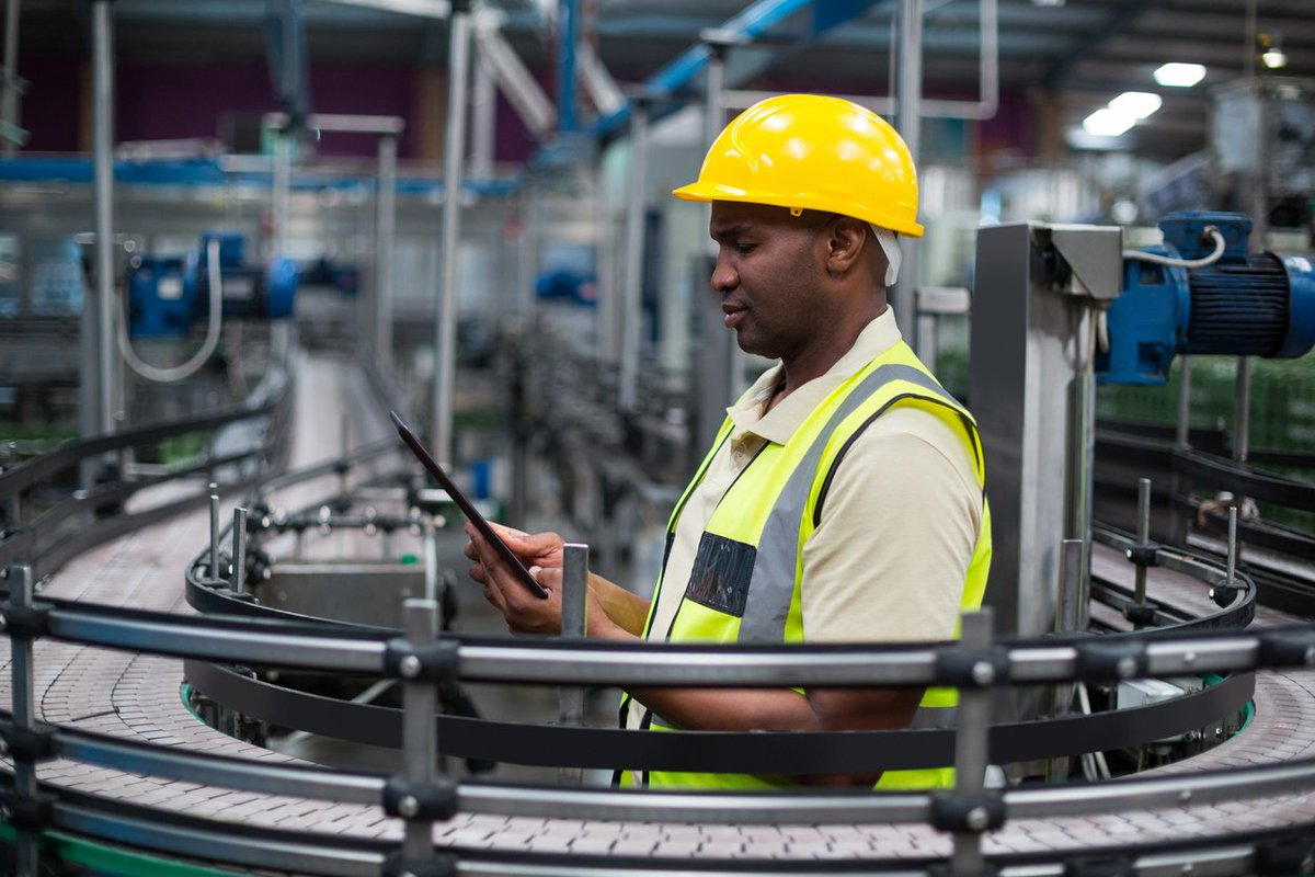 Industry 4.0 Insight – The role of smarter energy management:  https:// zenoot.com/articles/indus try-4-0-insight-the-role-of-smarter-energy-management/ &nbsp; …  #GBmfg #UKmfg #IoT #4IR #Industry40 #Energy<br>http://pic.twitter.com/koaOKlY6kV