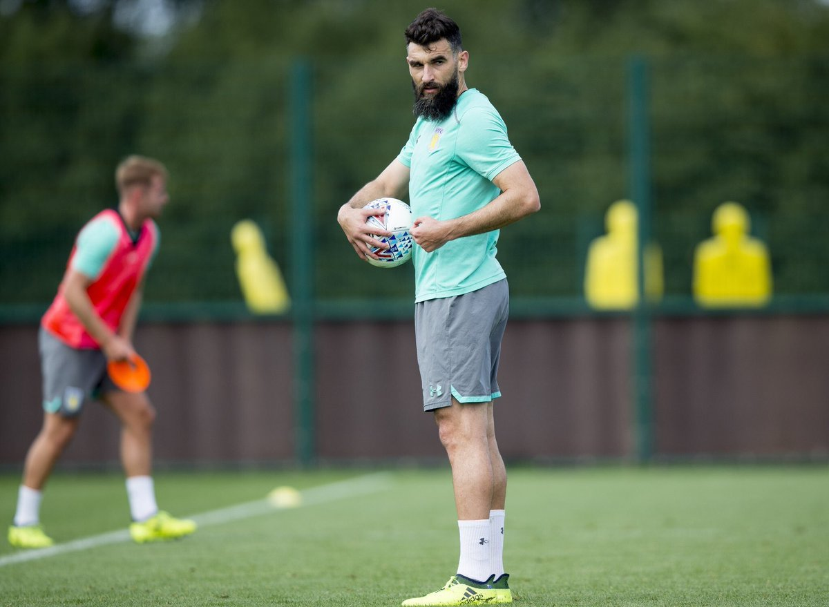 Players out for #avfc vs Forest:  Jedinak Lansbury  Gabby Grealish Green <br>http://pic.twitter.com/ozug0Gdyi3