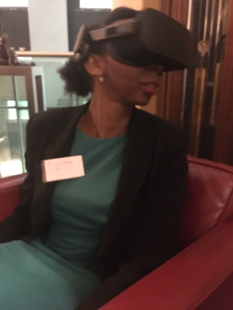 Attended an interesting tech event hosted by @HSBC_UK yesterday. Enjoyed using  #VirtualReality  via Medical Realities #AugmentedReality<br>http://pic.twitter.com/2hFARBpZmY