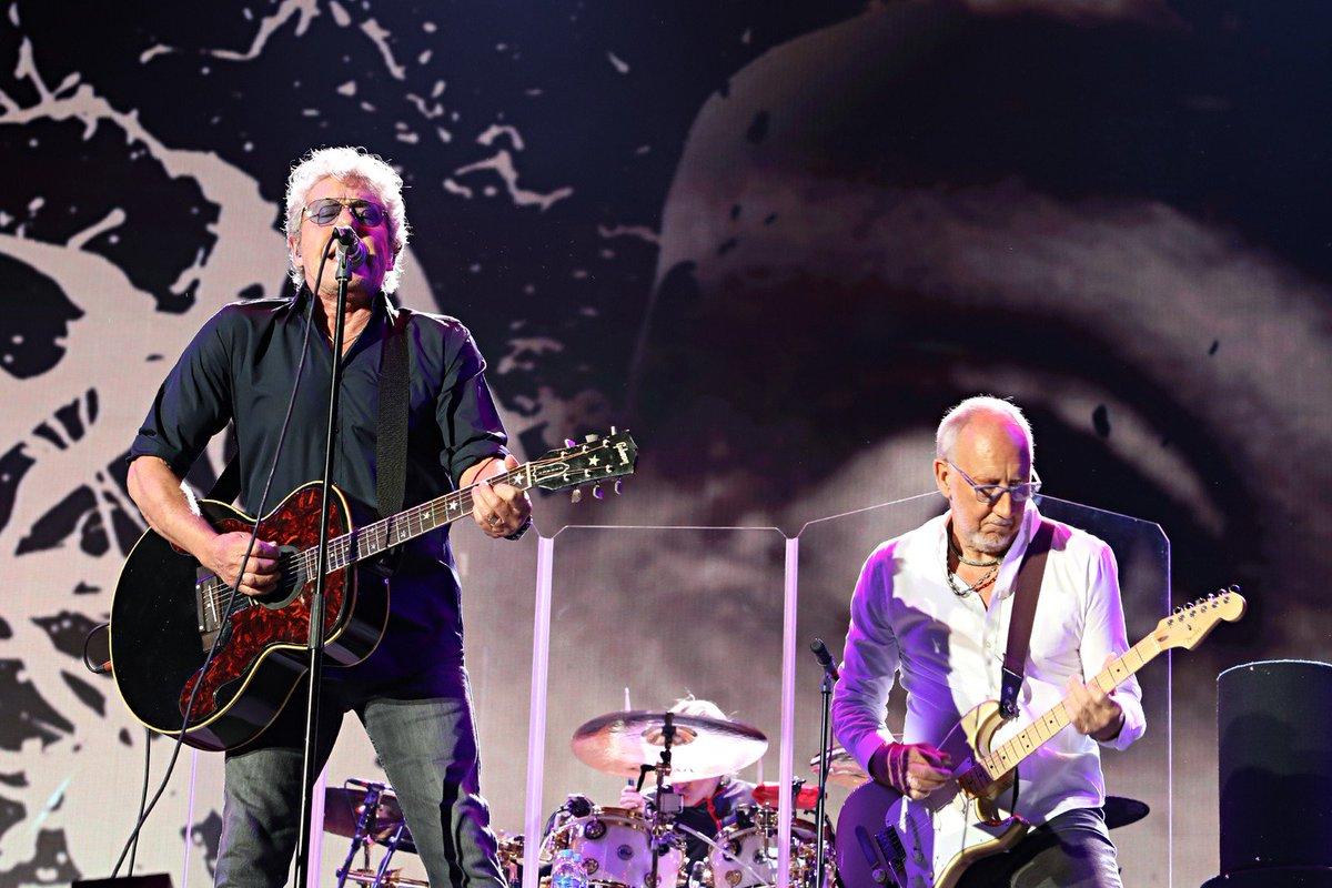 The Who estreia no Brasil com pouco papo e muito rock https://t.co/RvhWSfBcVt #RockinRio #G1
