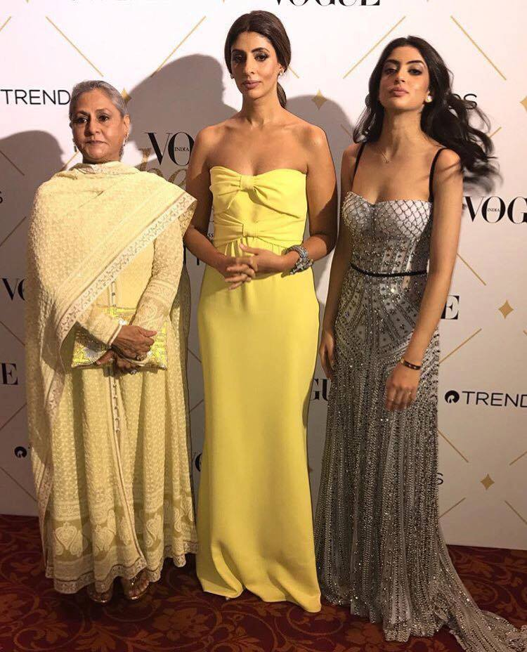 Three generations of the gorgeous #Bachchan women. https://t.co/NTz4Uh...
